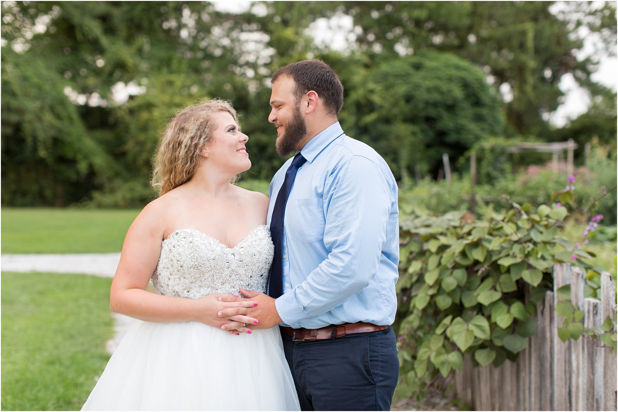 jessica_ryan_photography_virginia_virginia_beach_francis_land_house_portraits_anniversary_portraits_bride_and_groom_beloved_historical_home_wedding_2702