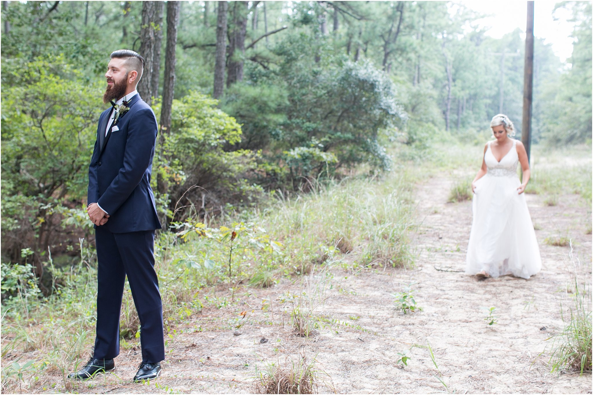jessica_ryan_photography_virginia_wedding_photographer_candid_authentic_hampton_roads_wedding_photography_marina_shores_yacht_club_first_landing_state_park_woodland_theme_garden_3274