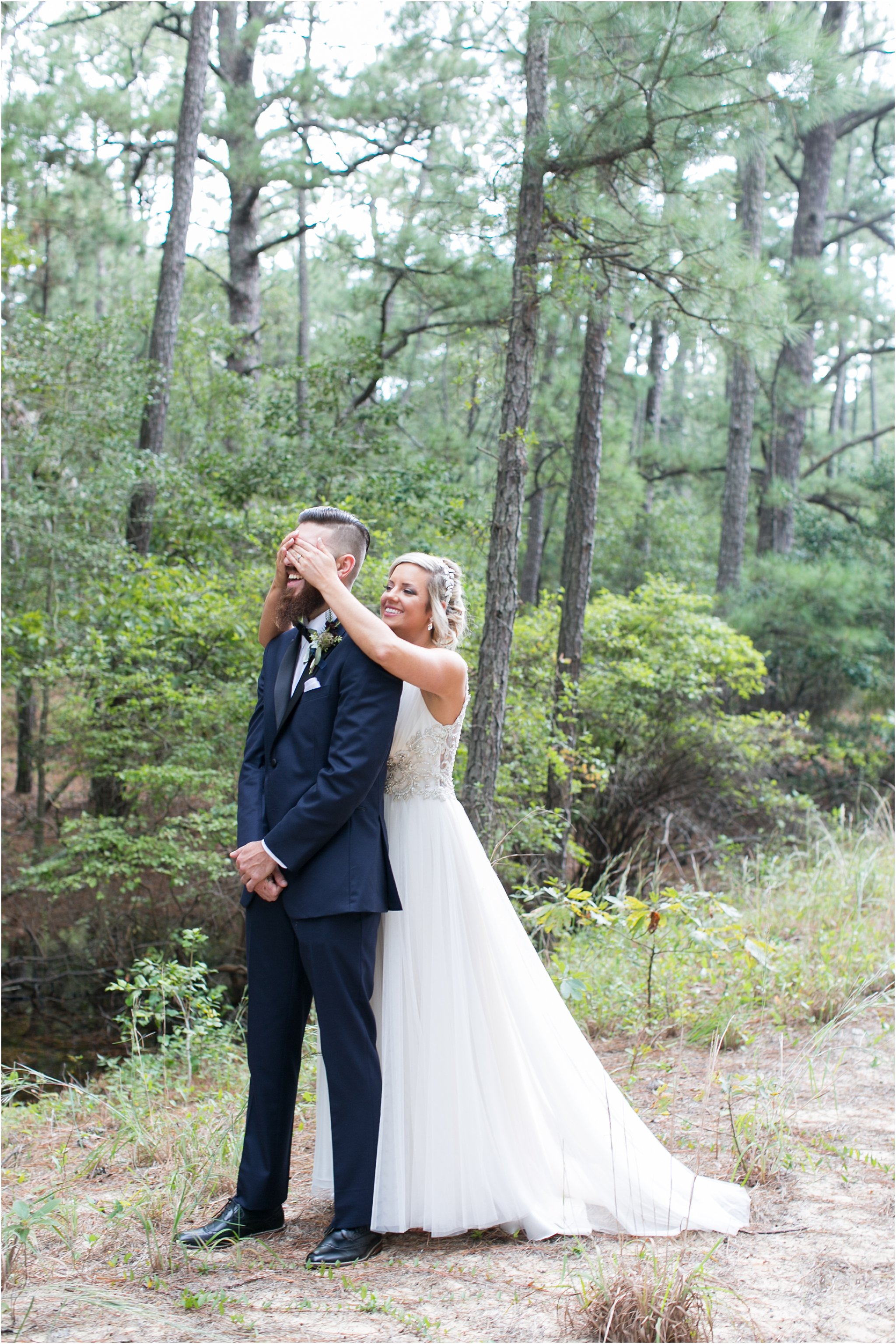 jessica_ryan_photography_virginia_wedding_photographer_candid_authentic_hampton_roads_wedding_photography_marina_shores_yacht_club_first_landing_state_park_woodland_theme_garden_3276