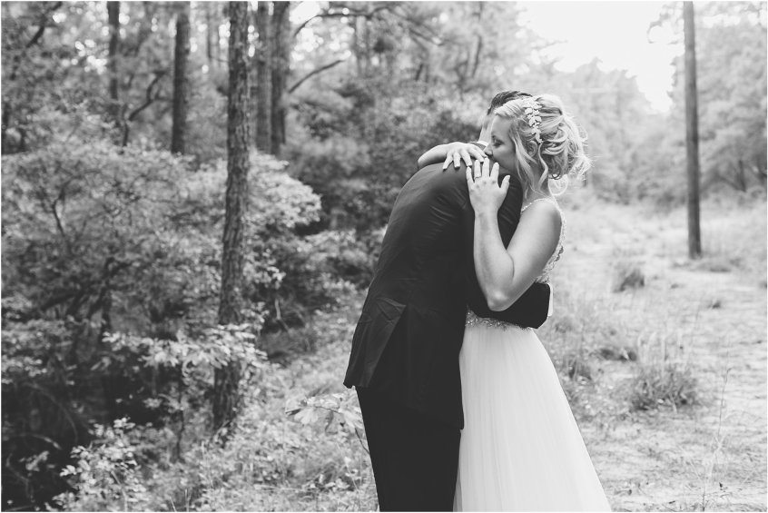 jessica_ryan_photography_virginia_wedding_photographer_candid_authentic_hampton_roads_wedding_photography_marina_shores_yacht_club_first_landing_state_park_woodland_theme_garden_3282