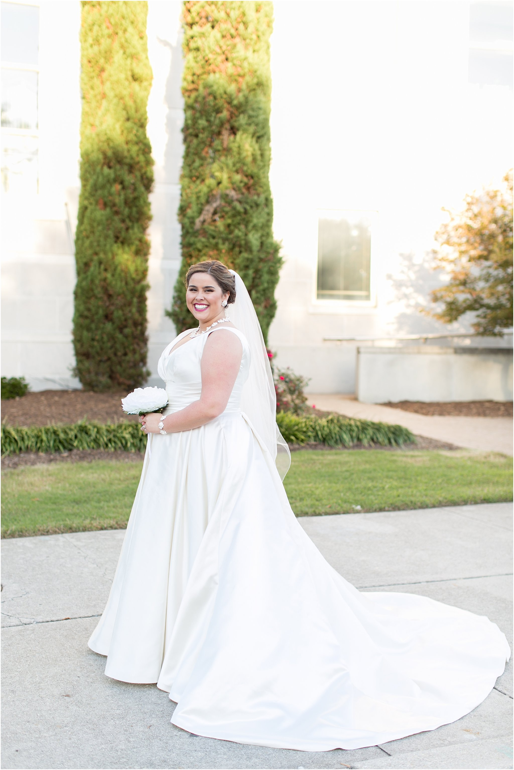 va_jessica_ryan_photography_virginia_wedding_norfolk_harrison_opera_house_norfolk_arts_district_portraits_3804