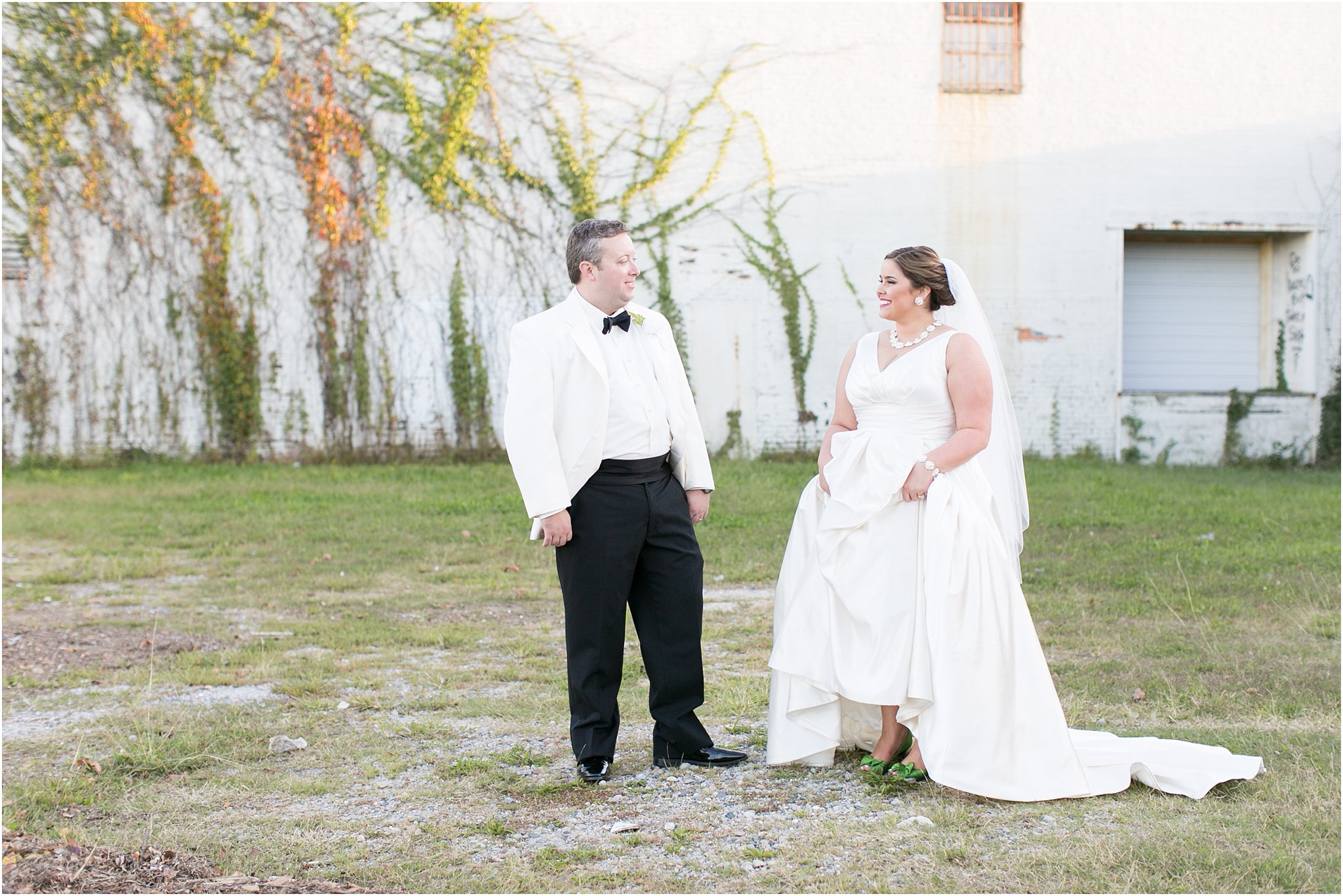 va_jessica_ryan_photography_virginia_wedding_norfolk_harrison_opera_house_norfolk_arts_district_portraits_3826