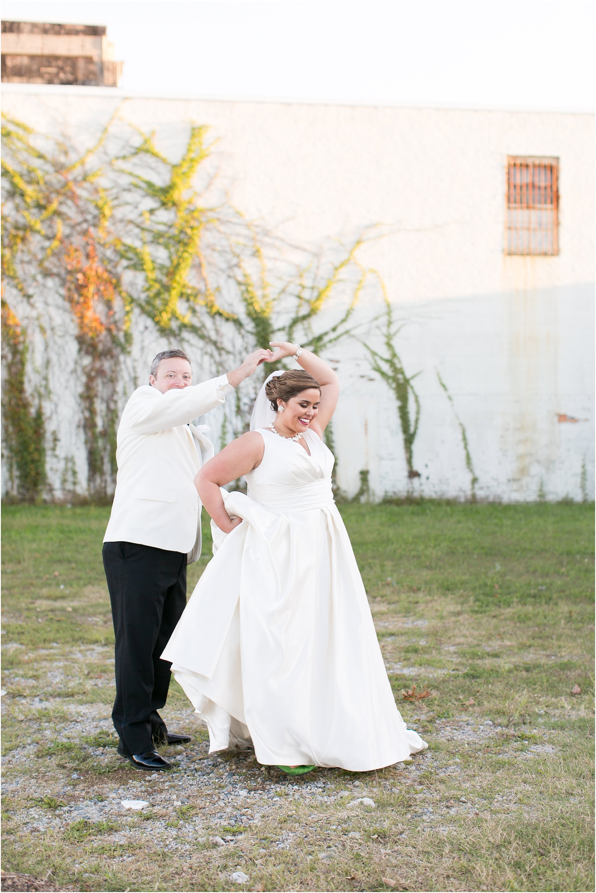 va_jessica_ryan_photography_virginia_wedding_norfolk_harrison_opera_house_norfolk_arts_district_portraits_3830