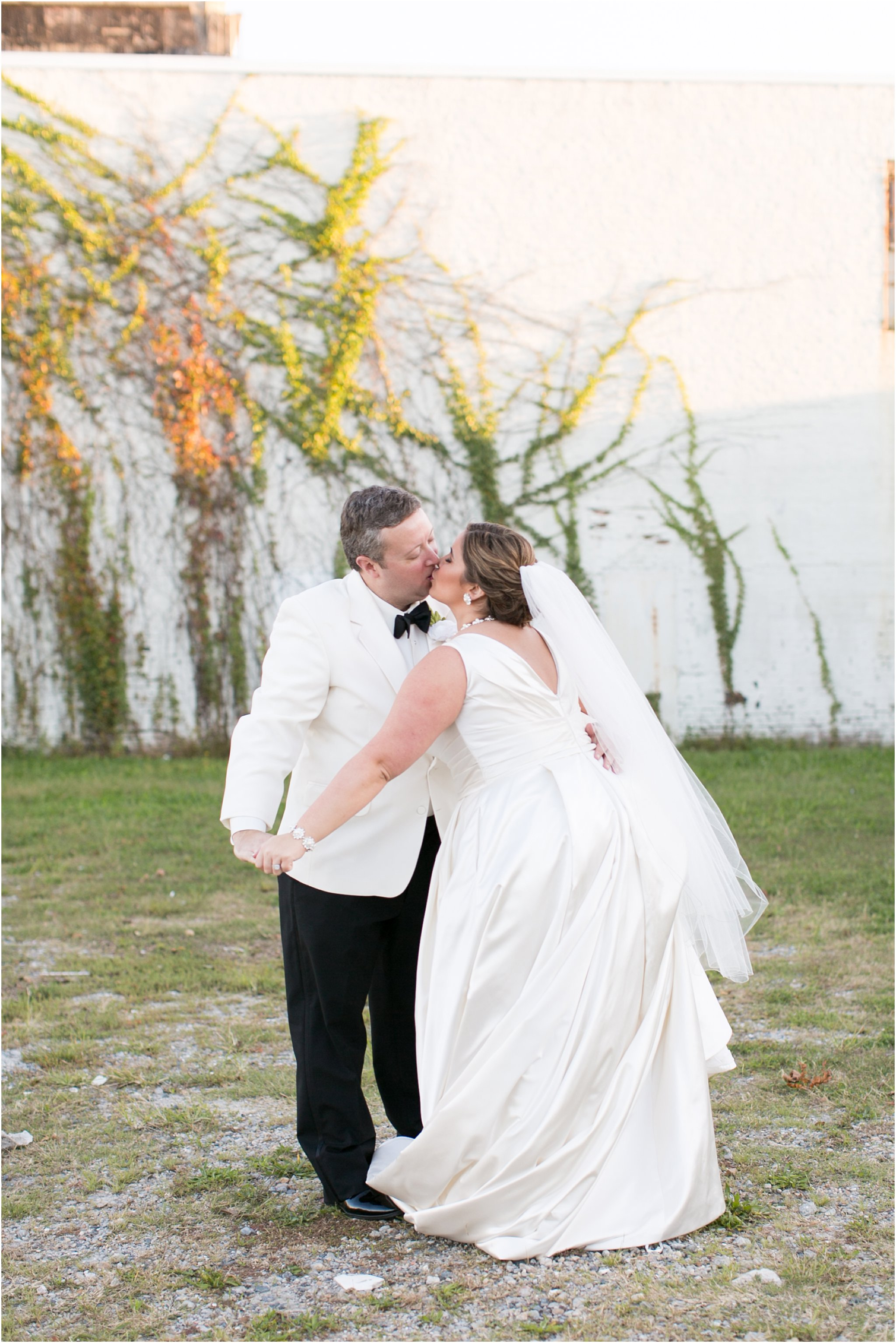 va_jessica_ryan_photography_virginia_wedding_norfolk_harrison_opera_house_norfolk_arts_district_portraits_3832