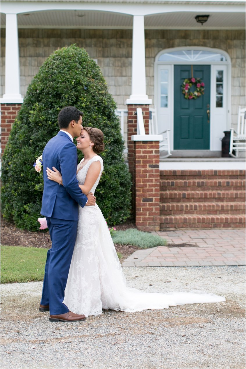 jessica_ryan_photography_virginia_wedding_photographer_wedding_hurricane__virginia_beach_shifting_sands_3456