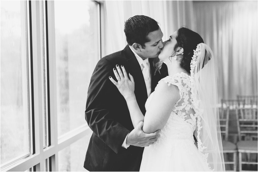 jessica_ryan_photography_virginia_wedding_photographer_wedding_hurricane_norfolk_botanical_gardens_hurricane_matthew_wedding_3568