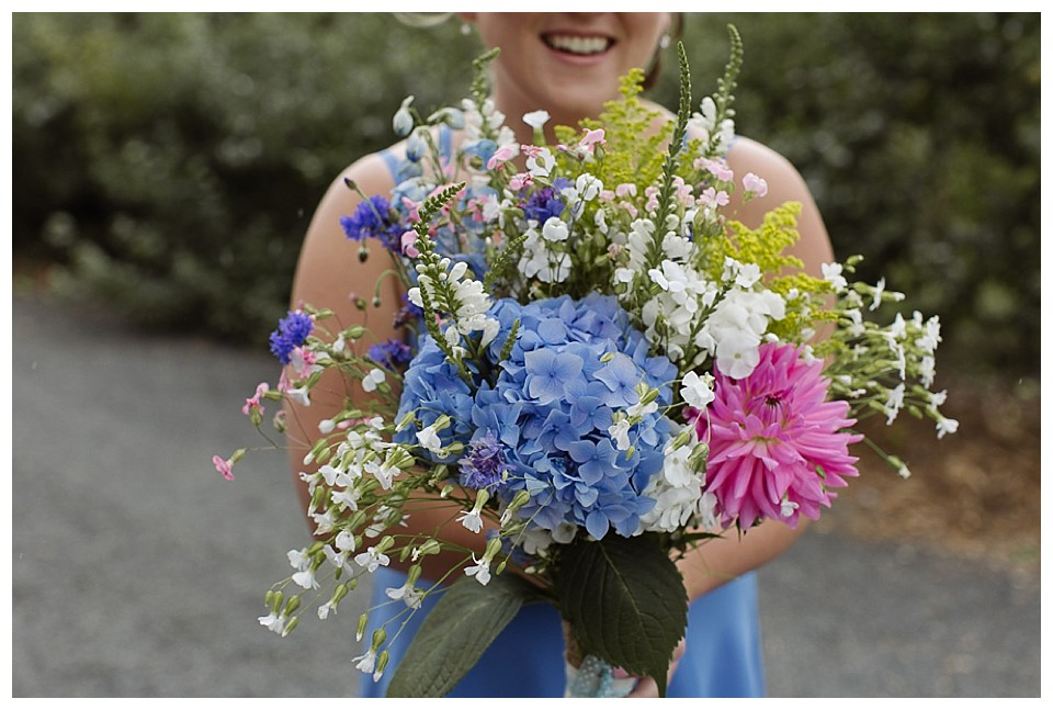 Summer bridal bouquet with hydrangeas and dahlias at Red Barn Studios in Chehalis, WA