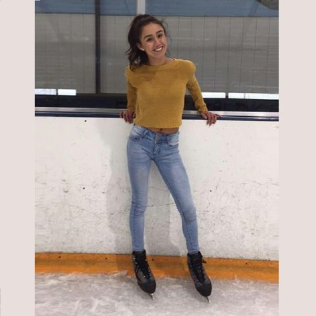Jessy Ariaz - Ice Skating Picture