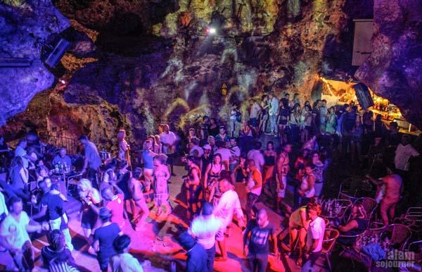 trinidad-cave11