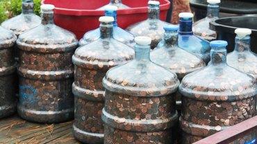 Mężczyzna przez 45 lat zbierał monety. Nie uwierzysz, ile teraz ma na koncie!