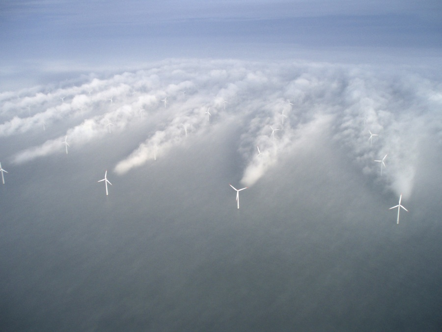 1107655-900-1459837365-horns-rev-1-owned-by-vattenfall-photographer-christian-steiness