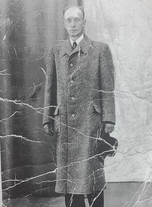 Un-superviviente-del-Holocausto-encontro-estas-viejas-fotografias-02
