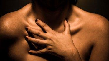 5 pozornie niegroźnych dolegliwości skórnych, które sygnalizują, że możesz mieć poważne problemy ze zdrowiem