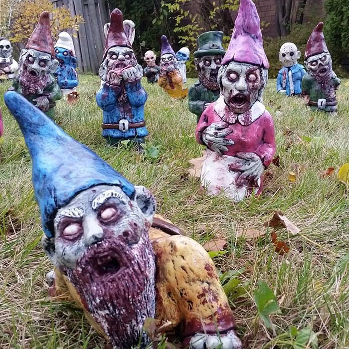 scary gnomes (6)