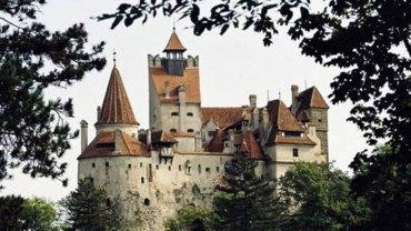 Na rynku nieruchomości pojawiła się nietypowa oferta sprzedaży, której przedmiotem jest... zamek Drakuli!