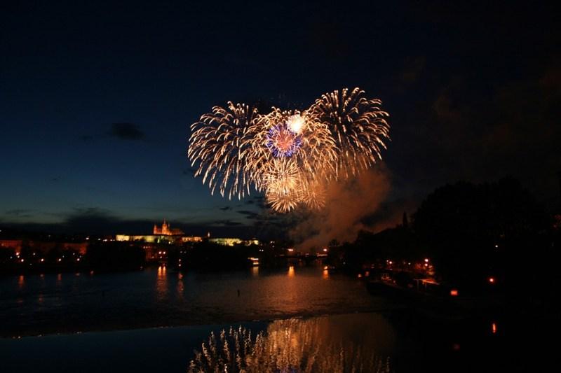 fireworks-500235_960_720