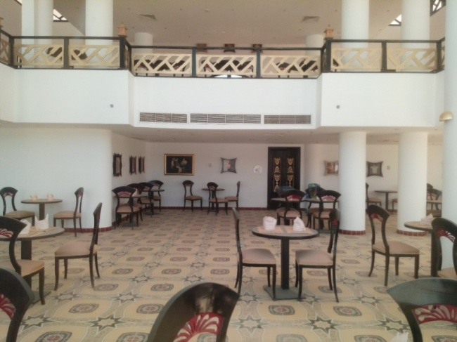 deserted-complex-raouf-hotels-19