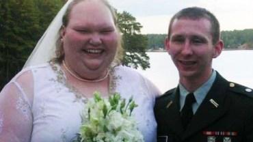 Internauci szydzili, że to najbrzydsze małżeństwo na świecie! Niedawno urodziło się im dziecko. Do kogo jest podobne?