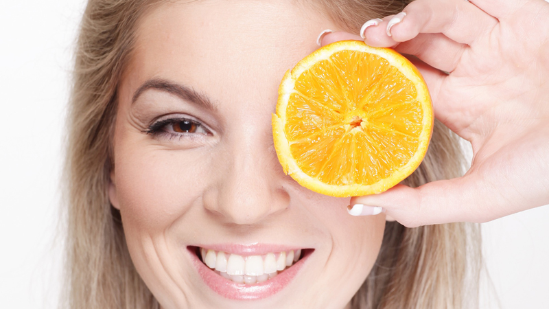 She cut the lemon into pieces and left it by the bed. The results she saw the next day completely surprised her! 3