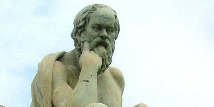 Socrates' brilliance is timeless! Find out the three questions that philosophers say everyone should ask themselves before speaking 2
