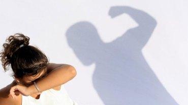 Gdy córka wyjawiła ojcu swój największy sekret, ten… postanowił ją zgwałcić! Według mężczyzny miała być to skuteczna metoda wychowawcza