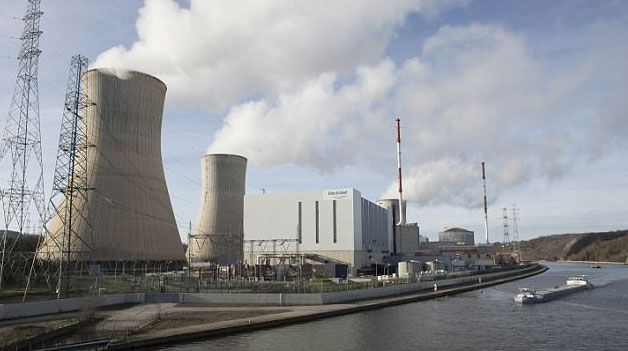 Failure in one of Europe's nuclear power plants? Residents receive iodine tablets. Prevention, panic or masking the effects of a catastrophe? 2