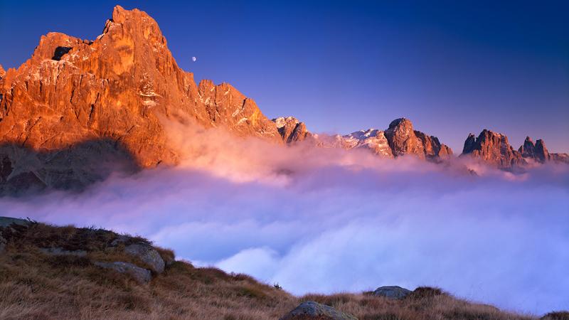 Jeśli kochacie księżycowe krajobrazy, wybierzcie się w Dolomity. Znajdziecie tam nieziemskie widoki i dowiecie się, ile jest prawdy w pewnej legendzie