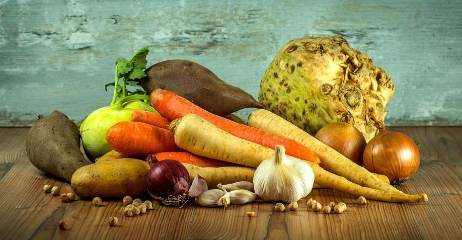 Świeże czy mrożone? A może konserwowe?Sprawdź, które warzywa są zdrowsze i rób świadome zakupy