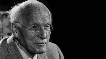 9 głębokich wypowiedzi o życiu autorstwa Carla Junga. Warto się zastanowićnad spostrzeżeniami tego cenionego psychologa