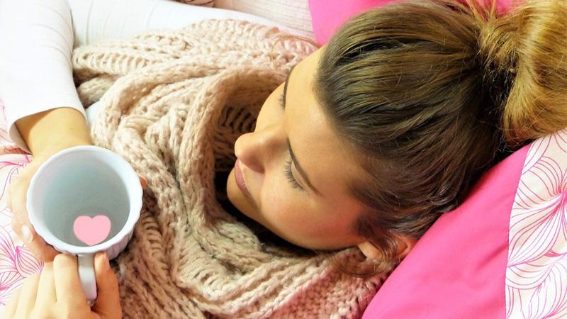 Wiosną grypa jest równie groźna jak jesienią. Co zrobić by nas nie dopadła i jak ją leczyć? - radzi Jewgienij Komarowsky