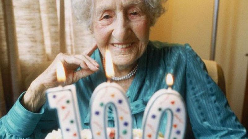 Najstarsza kobieta świata twierdzi, że długie życie to kara od Boga. Jej mocne słowa dają do myślenia
