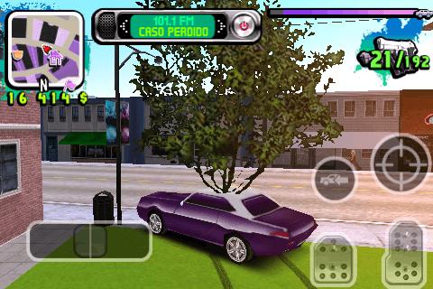 Les arbres et végétations n'entrent pas en collision avec le joueur. Dommage !