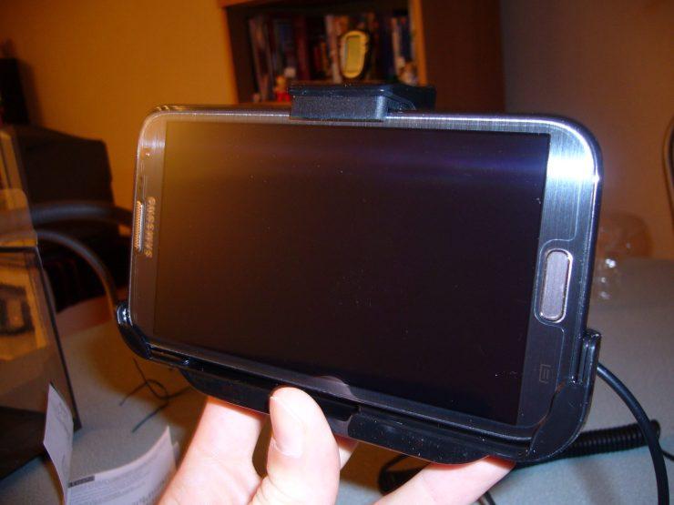 Test du Support voiture avec chargeur pour Samsung Galaxy Note 2 16