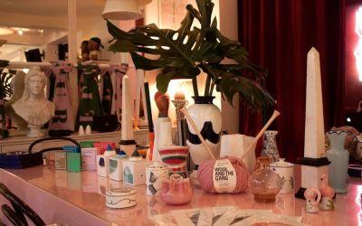 """L'hôtel Le Pigalle accueille le pop-up de Noël """"Café de la Semaine"""""""