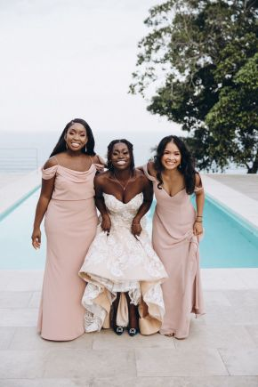 mariées et demoiselles d'honneur