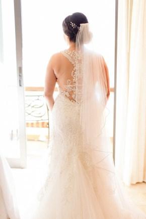 robe de mariée avec dos en dentelle illusion