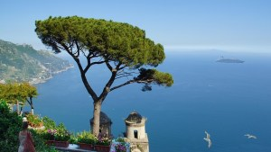 STUNNING VIEW FROM THE HILLS ABOVE THE AMALFI COAST.