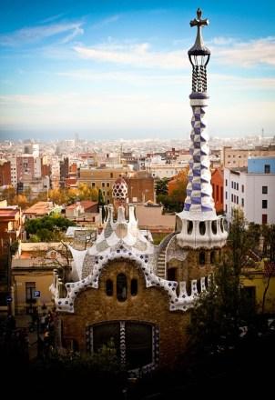 GAUDI'S AMAZING ARCHITECTURE IN BARCELONA