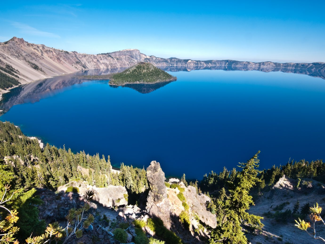 The 14 Most Beautiful Lakes In The World See If You Agree