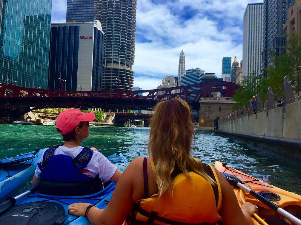 My Experience Kayaking the Chicago River
