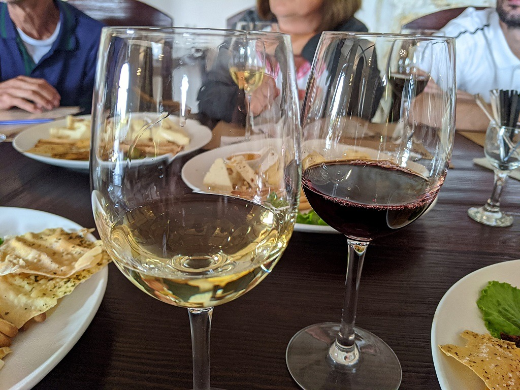 red and white wine at Winery Prince Trubetskoy