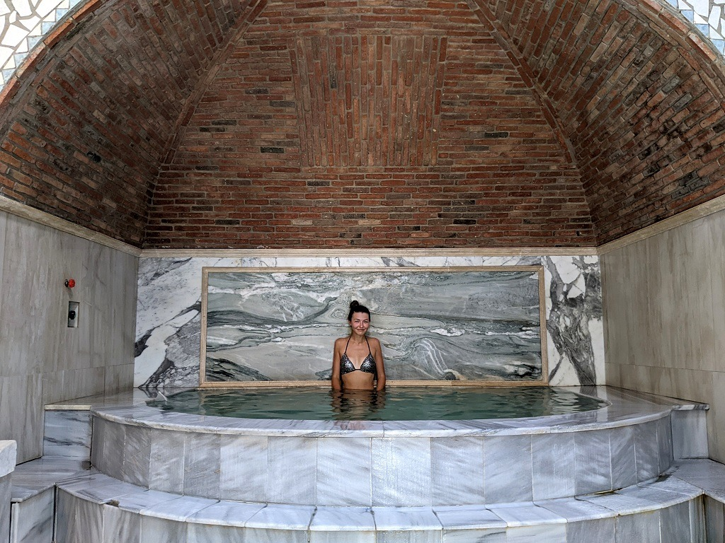 Relax At A Sulfur Bath