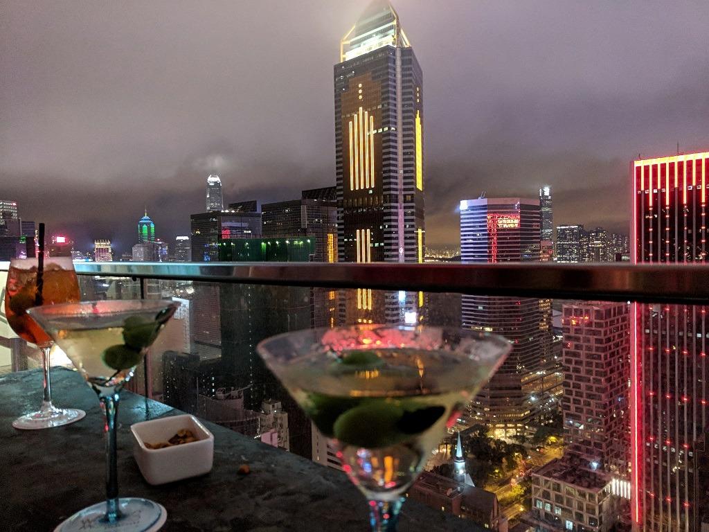 best-rooftop-bars-in-hong-kong