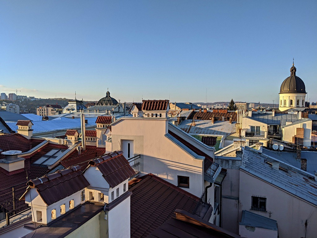 The view from the top roof of Vernisazh mall