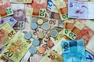Wie kann ich Geld aus Amerika nach Deutschland überweisen im Vergleich