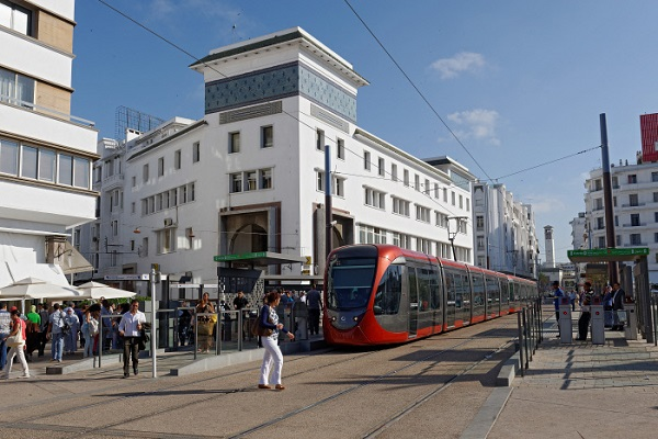 Le tramway de Casablanca, place des Nations unies.