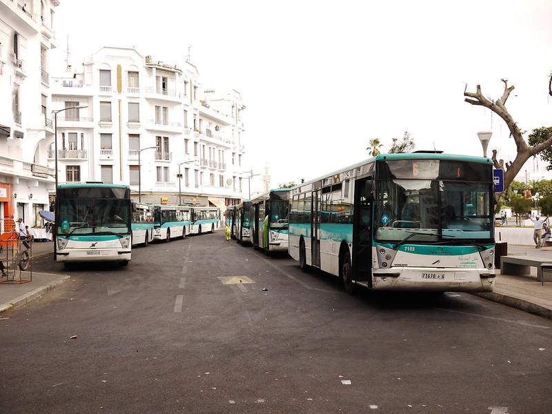 La flotte de M & # 39; dina Bus est traditionnellement achetée à la RATP française.
