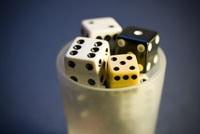 Les jeux en soirée : convivialité et plaisir
