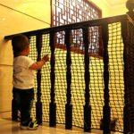 Kingt Filet de Protection Universel Filet de sécurité en Nylon pour balcons, terrasses, Chat, Portes et fenêtres (3 * 4m, Blanc)