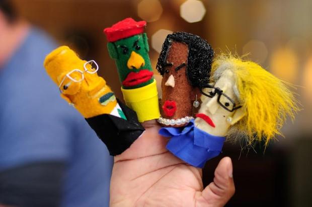 Nando-Campaign-Puppet-jewanda